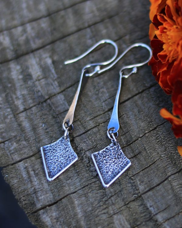 spiky-arrows-dangle-long-earrings-2