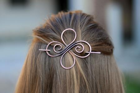 quaternary-celtic-knot-clover-symbol-hair-accessories (1)