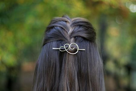 thin-hair-celtic-accesories